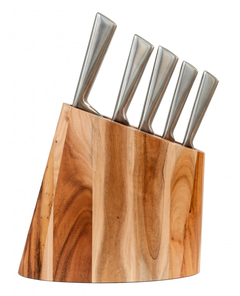 Kitchen knife set in a wooden block