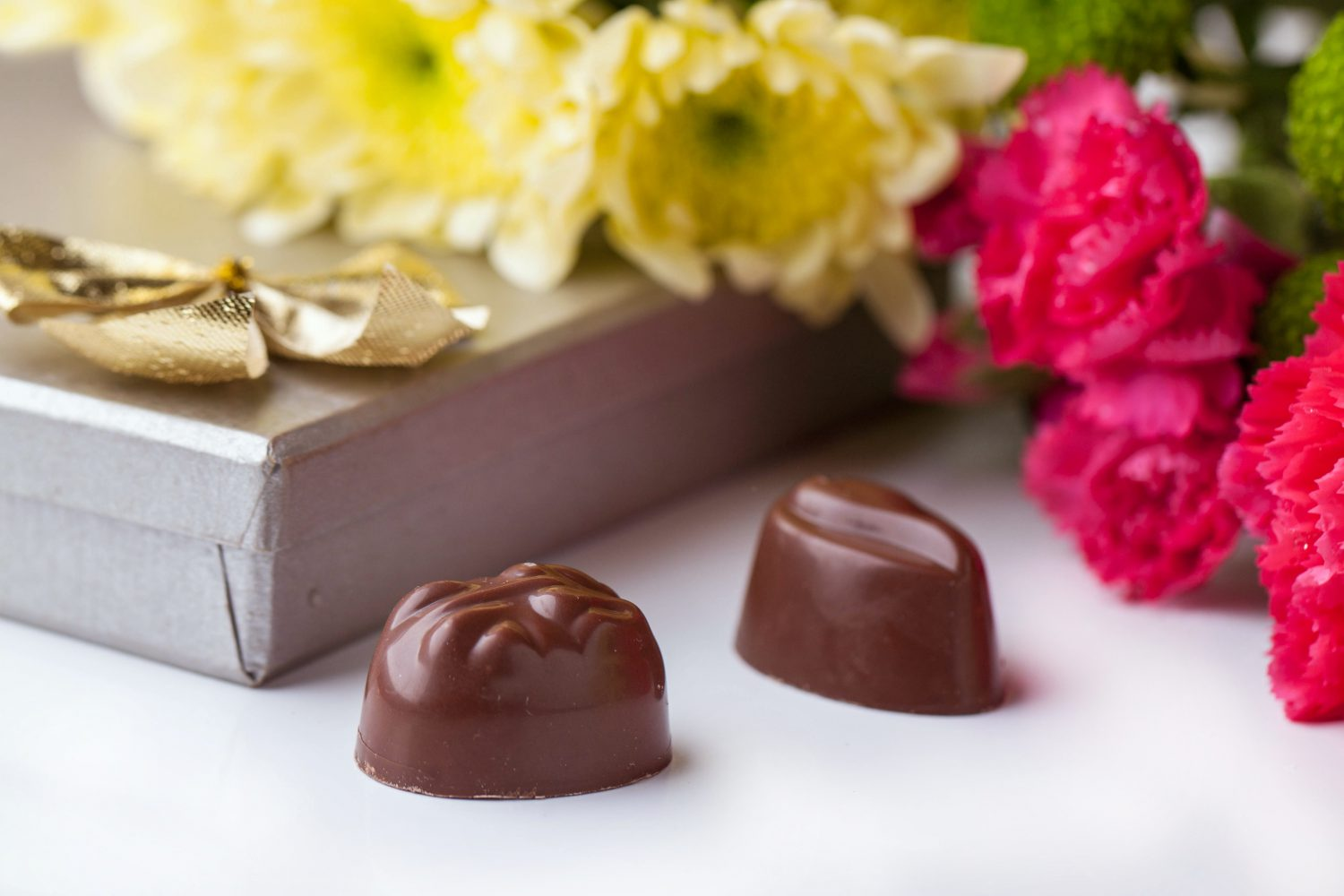 Guide To Flowers and Chocolates In Waukee
